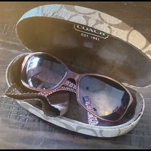 Coach sunglasses with cleaning cloth and hard case